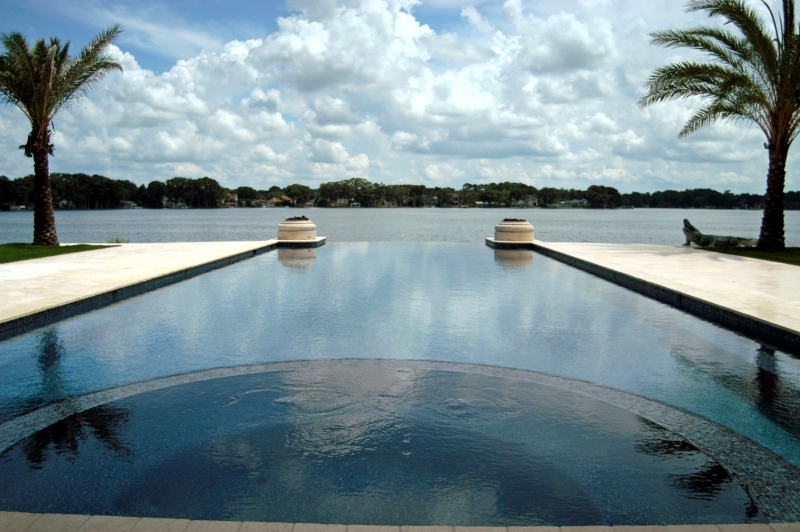 Contemporary pool design orlando geometric pool lake nona for Pool negative edge design